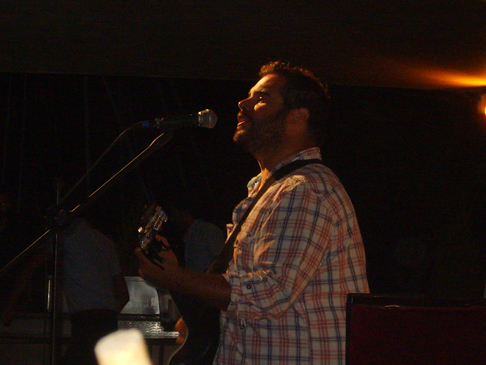 Acoustic Nick Soulful Vocals For Hire UK