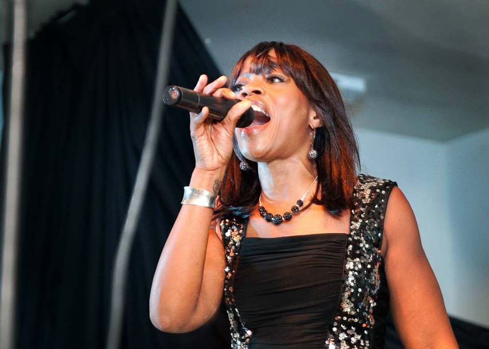 Uptown Motion Live Singer Function Band For Hire