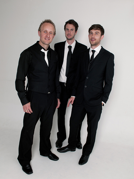 Inbetweeners Cool 3 Piece Male Fronted Function Ba