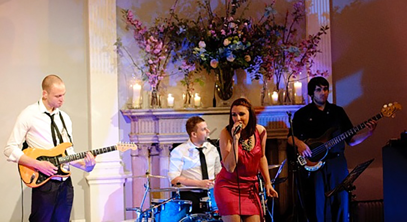 Red Hot Superb Function Band For Hire