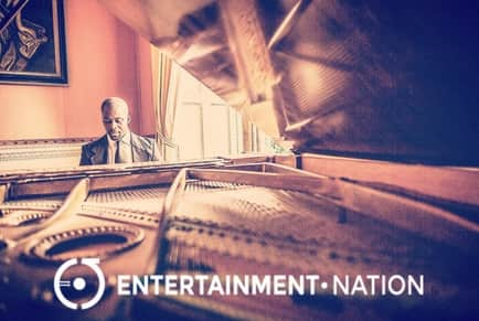 Oak Piano - Entertainment Nation