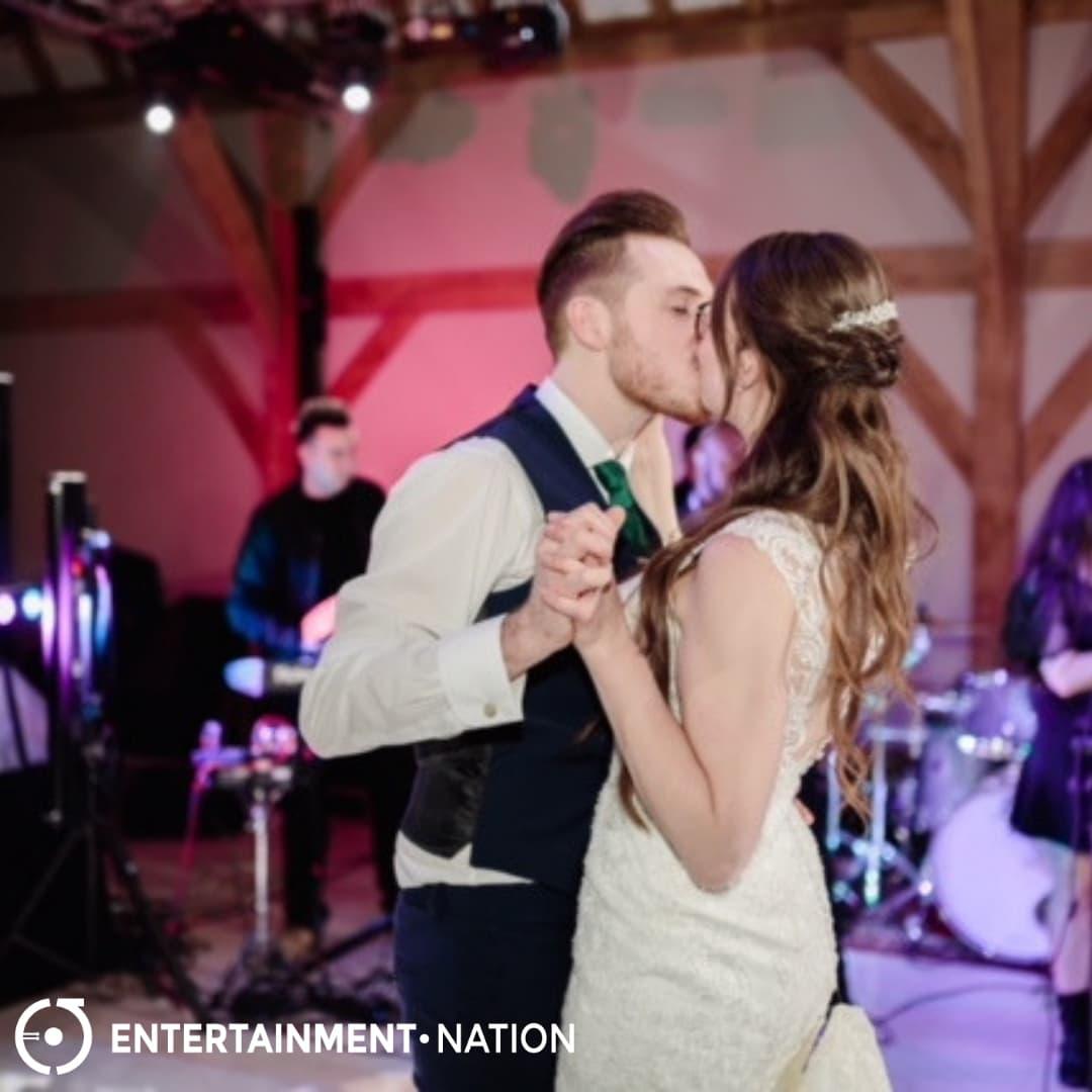 Jam Hot Wedding Review