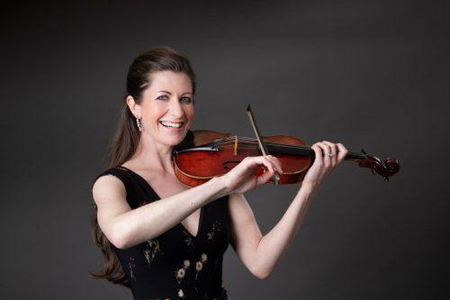 Stella Strings Violinist