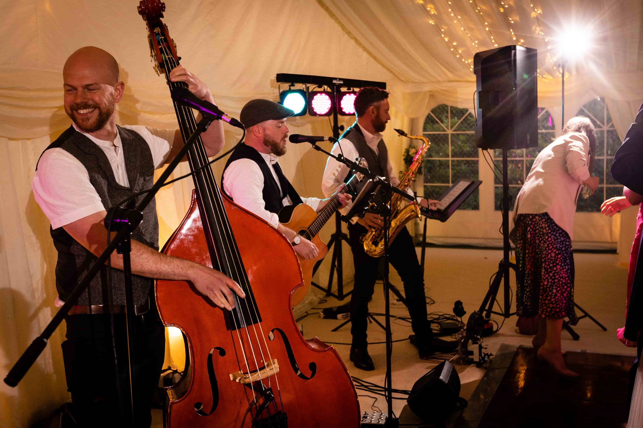 Folk wedding band The Wildermen performing